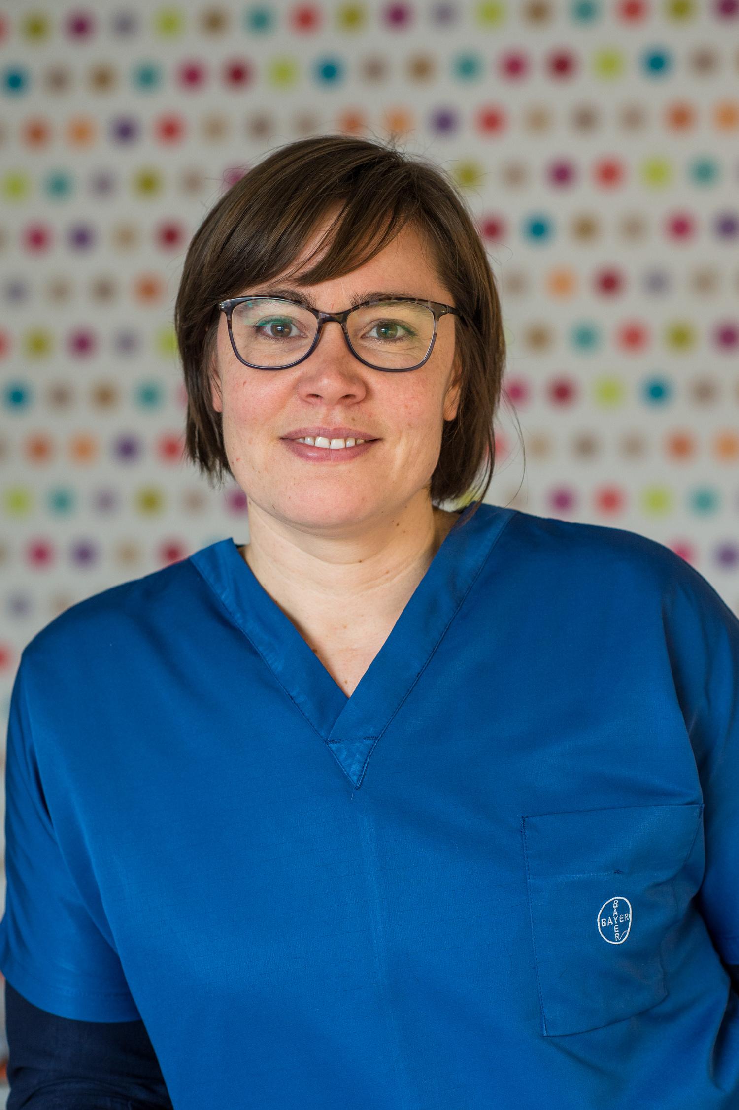 Dr M. Senden